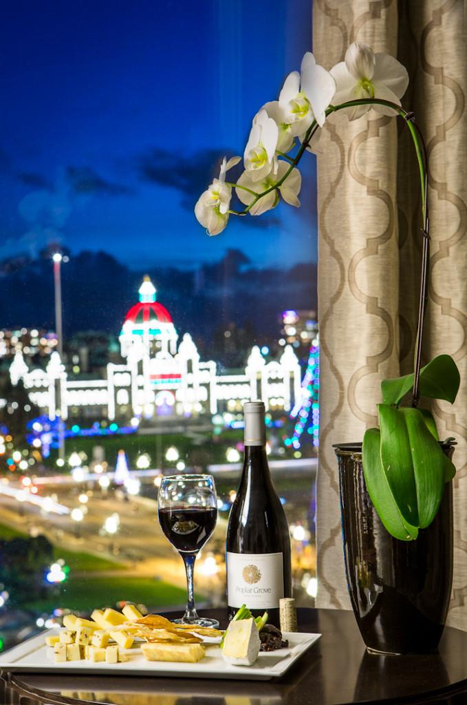 Magnolia_Suite_Window View_Wine